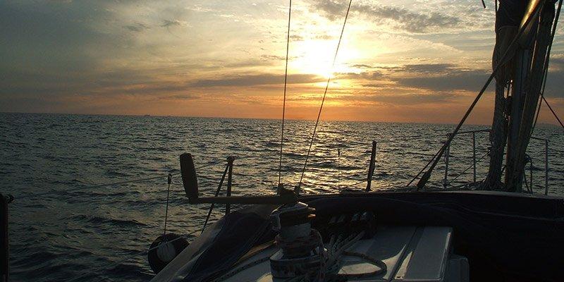 serata romantica in barca roma