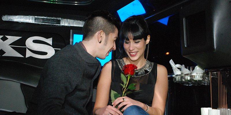 Sorpresa romantica in limousine roma