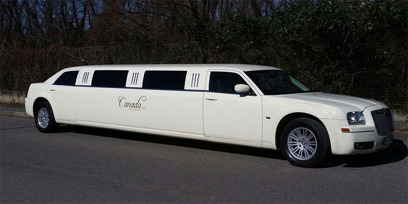 limousine per addio al nubilato milano