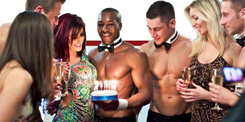 Sexy Cuoco e Sexy Cameriere Napoli per Feste di Compleanno