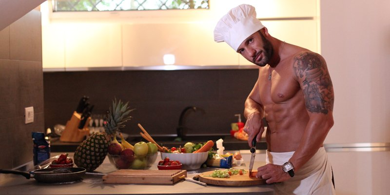 Sexy Cuoco per Addio al Nubilato